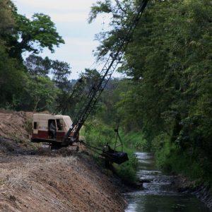 Limpeza-Córrego do Tanqunho