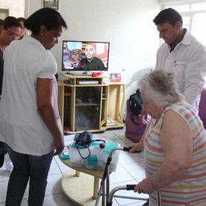 aasaude-em-casa_medico-cubano-7